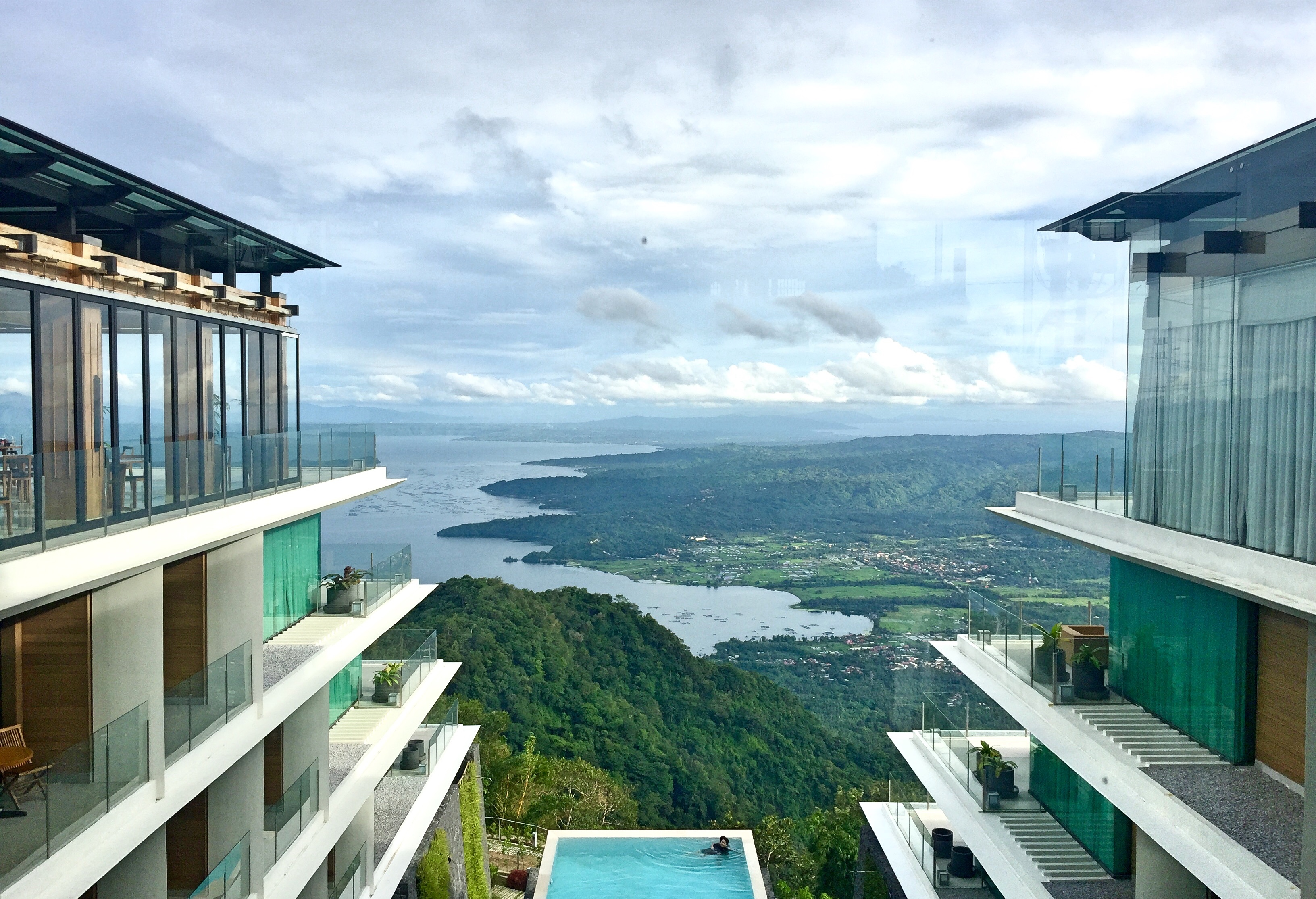escala hotel in tagaytay - Lindsay blogueuse