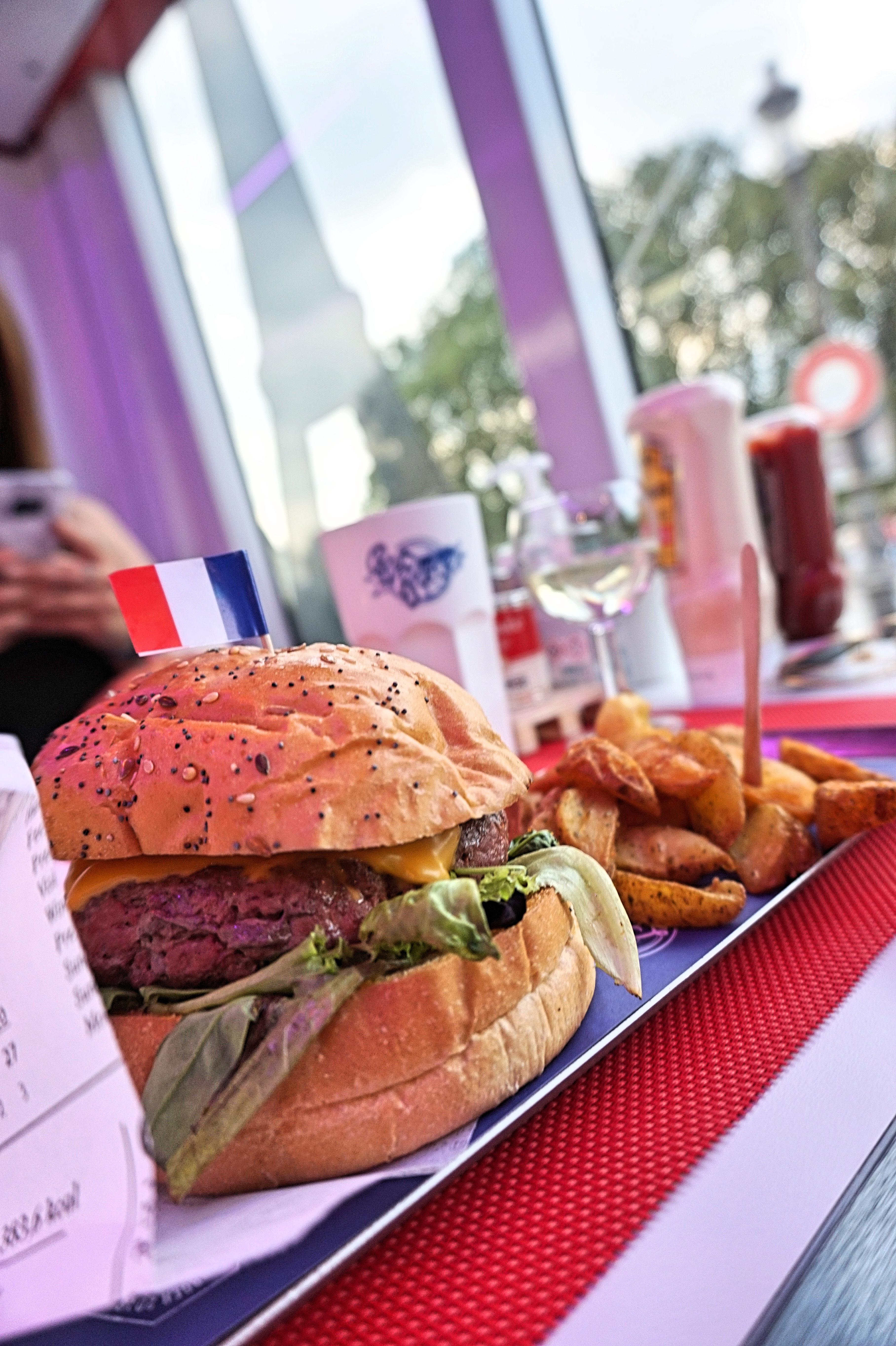 bus burger paris | lindsay blogueuse