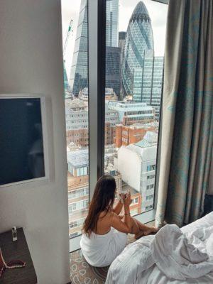 one motel london