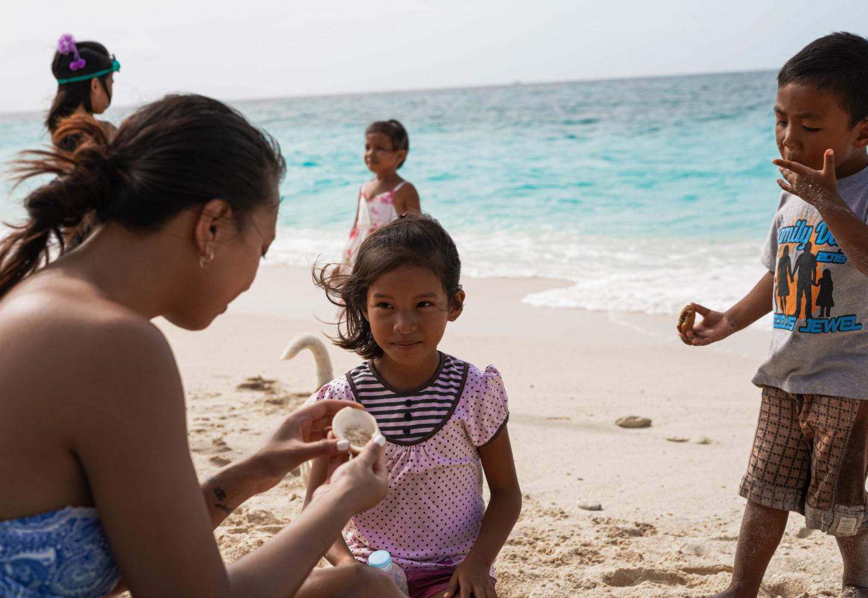 children in Boracay Philippines